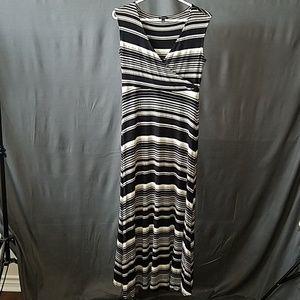 3 for $12- Talbots Maxi Dress size Medium